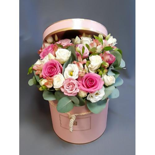 Букет в шляпной коробке №1 от FlorPresent