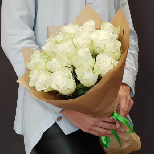 19 белых роз от FlorPresent