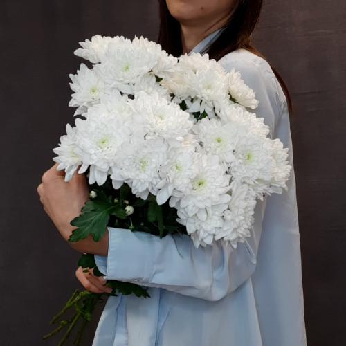 Букет белых хризантем от FlorPresent