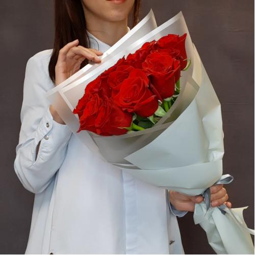 Букет красных роз от FlorPresent