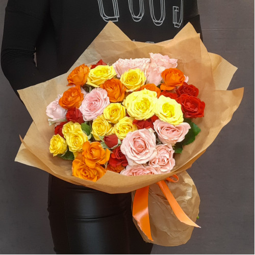 Букет кустовых роз от FlorPresent